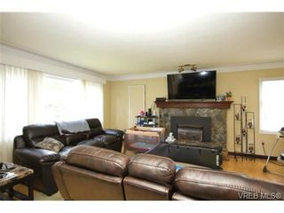 Photo 4: 3053 Shoreview Dr in VICTORIA: La Glen Lake House for sale (Langford)  : MLS®# 725357