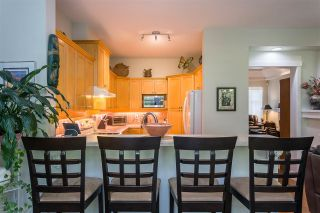 """Photo 5: 122 15500 ROSEMARY HEIGHTS Crescent in Surrey: Morgan Creek Townhouse for sale in """"THE CARRINGTON"""" (South Surrey White Rock)  : MLS®# R2493967"""