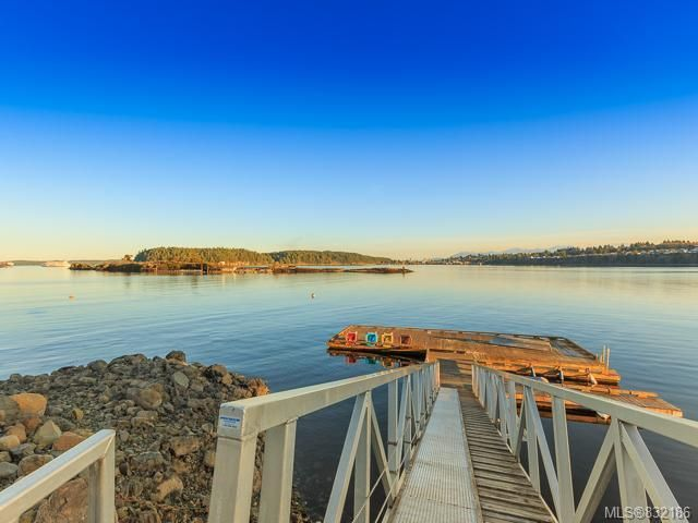 Main Photo: 3014 Waterstone Way in NANAIMO: Na Departure Bay Row/Townhouse for sale (Nanaimo)  : MLS®# 832186