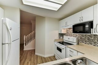 """Photo 4: 107 1386 LINCOLN Drive in Port Coquitlam: Oxford Heights Townhouse for sale in """"MOUNTAINS PARK VILLAGE"""" : MLS®# R2147747"""