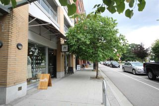 """Photo 13: 408 221 UNION Street in Vancouver: Mount Pleasant VE Condo for sale in """"V6A"""" (Vancouver East)  : MLS®# R2284454"""