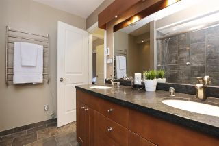 Photo 11: 112 1910 CHESTERFIELD Avenue in North Vancouver: Central Lonsdale Townhouse for sale : MLS®# R2213948