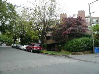 """Photo 8: 1575 Balsam in Vancouver: Kitsilano Condo for sale in """"Balsam West"""" (Vancouver West)  : MLS®# V846532"""