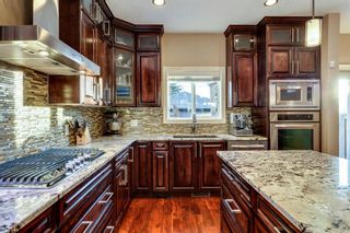 Photo 12: 1110 42 Street SW in Calgary: Rosscarrock Detached for sale : MLS®# A1145307