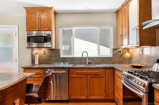 Photo 10: CLAIREMONT House for sale : 3 bedrooms : 3651 Mount Abbey Ave in San Diego