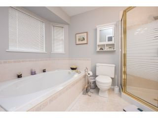 """Photo 13: 6248 190 Street in Surrey: Cloverdale BC House for sale in """"Cloverdale"""" (Cloverdale)  : MLS®# R2070810"""