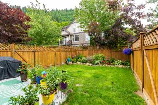 """Photo 33: 10 5900 JINKERSON Road in Chilliwack: Promontory Townhouse for sale in """"Jinkerson Heights"""" (Sardis)  : MLS®# R2589799"""