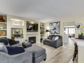 Photo 2: 49 3405 PLATEAU BOULEVARD in Coquitlam: Westwood Plateau Townhouse for sale : MLS®# R2610409
