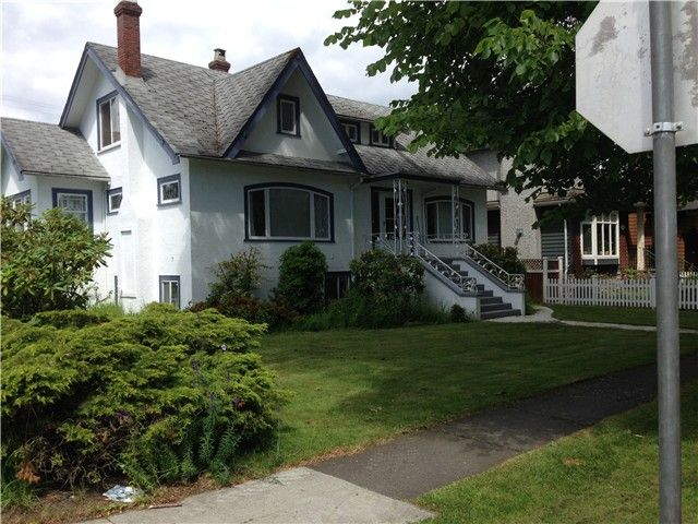 Photo 2: Photos: 4693 W 9TH Avenue in Vancouver: Point Grey House for sale (Vancouver West)  : MLS®# V1070935