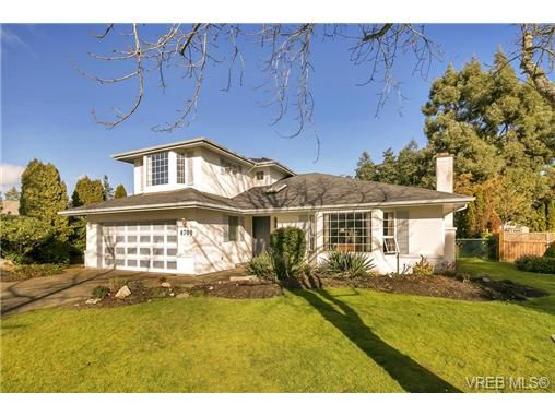 Main Photo: 4700 Sunnymead Way in VICTORIA: SE Sunnymead House for sale (Saanich East)  : MLS®# 722127