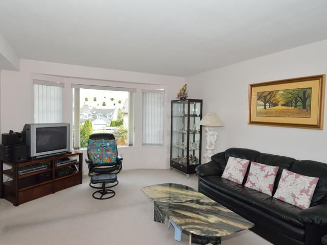 Photo 3: Photos: 284 BALBOA CT in Coquitlam: Cape Horn House for sale : MLS®# V1012990