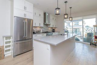 Photo 10: 107 2990 Burlington Cres in : La Westhills Row/Townhouse for sale (Langford)  : MLS®# 882170