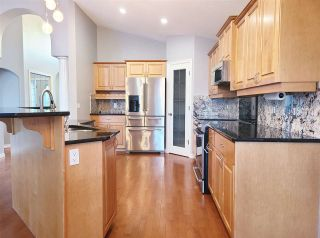 Photo 4: 18 PRESTIGE Point in Edmonton: Zone 22 Condo for sale : MLS®# E4227651