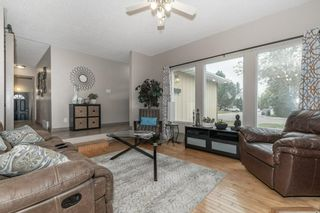 Photo 5: 703 KNOTTWOOD Road S in Edmonton: Zone 29 House for sale : MLS®# E4261398