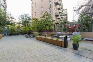 """Photo 25: 219 55 E CORDOVA Street in Vancouver: Downtown VE Condo for sale in """"KORET LOFTS"""" (Vancouver East)  : MLS®# R2560777"""