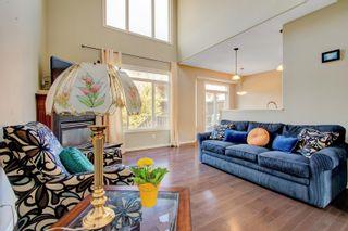 Photo 3: 11520 11 Avenue in Edmonton: Zone 55 House Half Duplex for sale : MLS®# E4253162