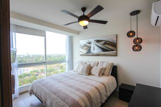 Photo 2: PH Royal Palm Resale - One Bedroom