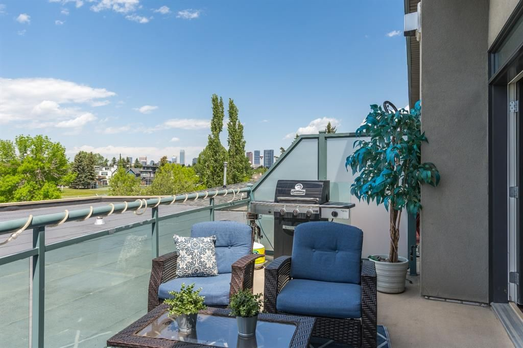 Main Photo: 303 4108 Stanley Road SW in Calgary: Parkhill Apartment for sale : MLS®# A1117169