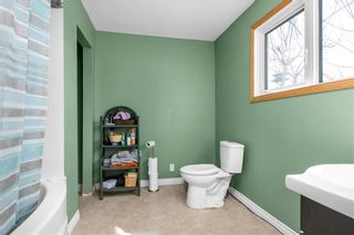 Photo 13: 194 Lockport Road in St Andrews: R13 Residential for sale : MLS®# 202105962