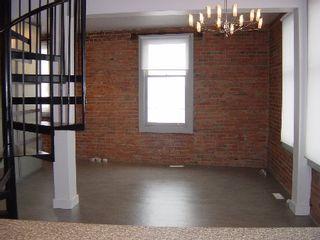 Photo 3: : House for sale (Boyle Street)  : MLS®# E3013937