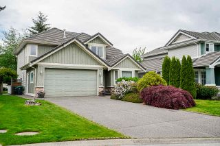 """Photo 2: 7319 146A Street in Surrey: East Newton House for sale in """"Chimney Heights"""" : MLS®# R2491156"""