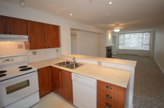 """Photo 6: 308 7089 MONT ROYAL Square in Vancouver: Champlain Heights Condo for sale in """"CHAMPLAIN VILLAGE"""" (Vancouver East)  : MLS®# R2540817"""