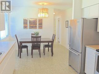 Photo 4: 425 DOUGLAS AVE in Penticton: House for sale