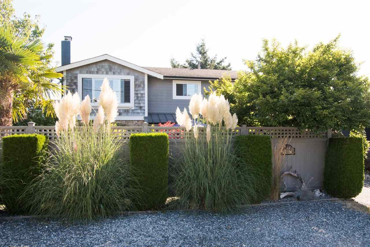 "Photo 1: Photos: 248 66 Street in Delta: Boundary Beach House for sale in ""BOUNDARY BAY"" (Tsawwassen)  : MLS®# R2527524"