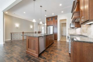 Photo 10: 910 WOOD Place in Edmonton: Zone 56 House Half Duplex for sale : MLS®# E4239285