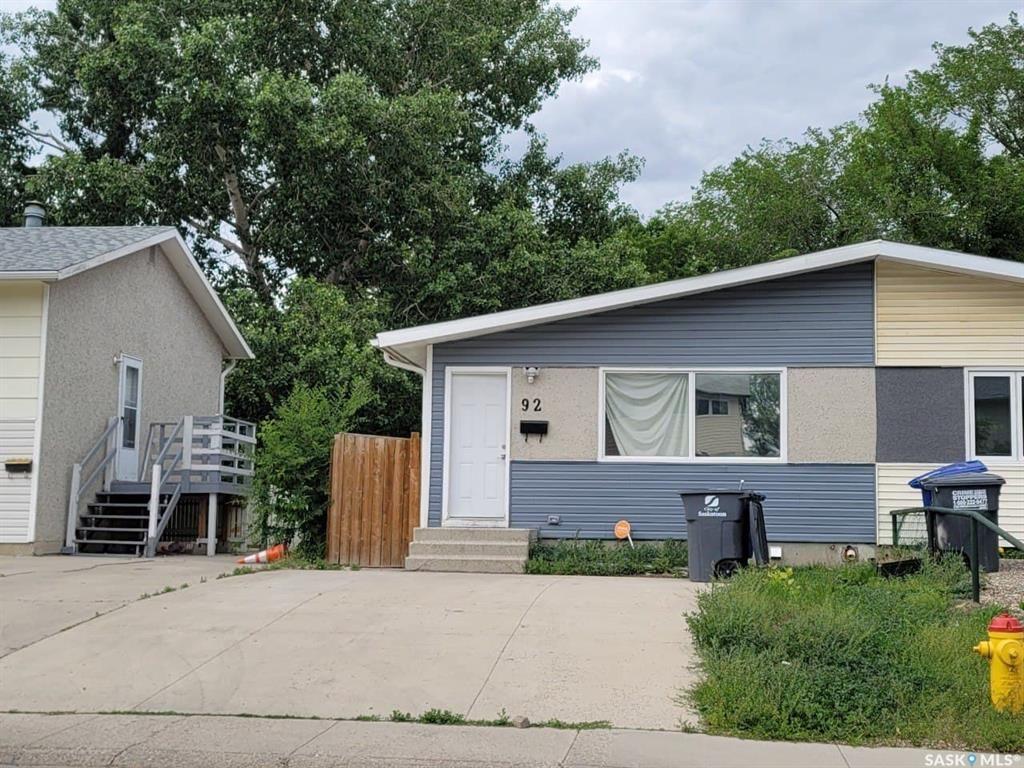 Main Photo: 92 Davidson Crescent in Saskatoon: Westview Heights Residential for sale : MLS®# SK861144