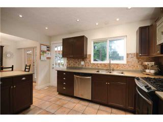 Photo 3: 2774 WILLIAM Avenue in North Vancouver: Lynn Valley House for sale : MLS®# V1041458