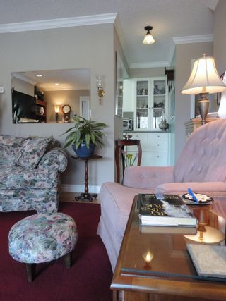 Photo 8: 311 7055 WILMA STREET in The Beresford: Highgate Home for sale ()