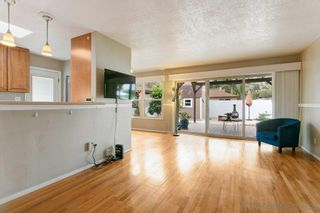 Photo 3: SAN DIEGO House for sale : 3 bedrooms : 7125 Galewood St