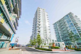 Photo 2: 2504 258 NELSON'S Court in New Westminster: Sapperton Condo for sale : MLS®# R2543200