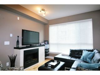 "Photo 3: 201 2343 ATKINS Avenue in Port Coquitlam: Central Pt Coquitlam Condo for sale in ""PEARL"" : MLS®# V1070597"