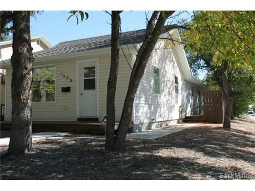 Main Photo: 1500 D Avenue North in Saskatoon: Mayfair Single Family Dwelling for sale (Saskatoon Area 04)  : MLS®# 479307