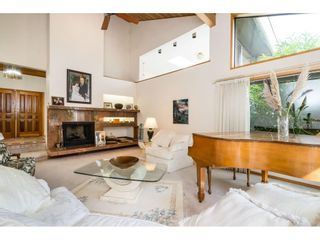 Photo 5: 5319 SOUTHRIDGE Place in Surrey: Panorama Ridge House for sale : MLS®# R2612903