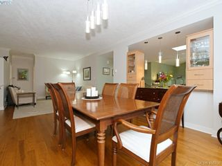 Photo 11: 762 Hill Rise Lane in VICTORIA: SE Cordova Bay Row/Townhouse for sale (Saanich East)  : MLS®# 808277