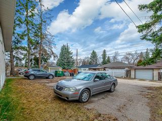 Photo 15: 2732 Brentwood Boulevard NW in Calgary: Brentwood Multi Family for sale : MLS®# C4287929
