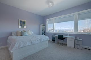 Photo 26: 2533 77 Street SW in Calgary: Springbank Hill Detached for sale : MLS®# A1065693