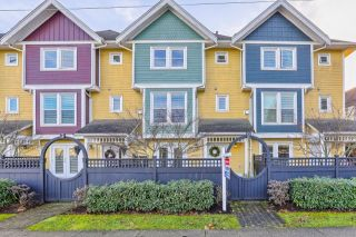 "Photo 1: 2 4729 GARRY Street in Delta: Ladner Elementary Townhouse for sale in ""GARRY COURT"" (Ladner)  : MLS®# R2024953"