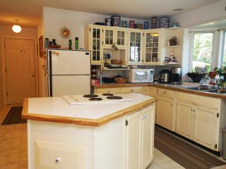 Photo 3: 3850 Laurel Dr in ROYSTON: CV Courtenay South House for sale (Comox Valley)  : MLS®# 825424