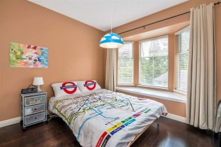 """Photo 23: 9279 GOLDHURST Terrace in Burnaby: Forest Hills BN Townhouse for sale in """"Copper Hill"""" (Burnaby North)  : MLS®# R2466536"""