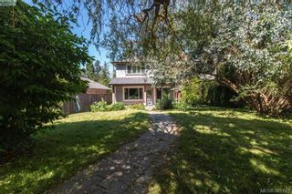 Photo 16: 2558 Selwyn Rd in VICTORIA: La Mill Hill House for sale (Langford)  : MLS®# 787378