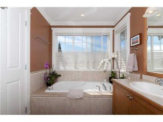 Photo 8: 955 ST. ANDREWS Avenue in North Vancouver: Central Lonsdale 1/2 Duplex for sale : MLS®# V1096676