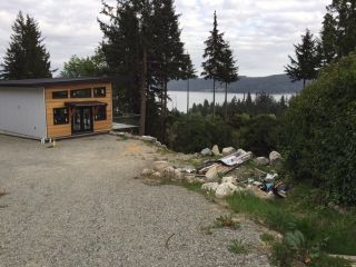 Photo 2: 167 PIKE Road in Gibsons: Gibsons & Area House for sale (Sunshine Coast)  : MLS®# R2380143