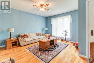 Photo 3: 8 Blackberry Crescent in Torbay: House for sale : MLS®# 1236499
