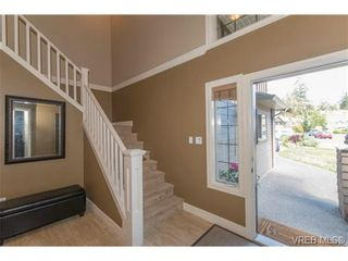 Photo 8: 743 Claudette Crt in VICTORIA: Co Triangle House for sale (Colwood)  : MLS®# 737481