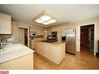 """Photo 4: 14885 82ND Avenue in Surrey: Bear Creek Green Timbers House for sale in """"SHAUGHNESSY ESTATES"""" : MLS®# F1108921"""