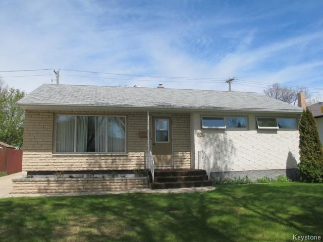 Main Photo:  in WINNIPEG: North Kildonan Residential for sale (North East Winnipeg)  : MLS®# 1412221